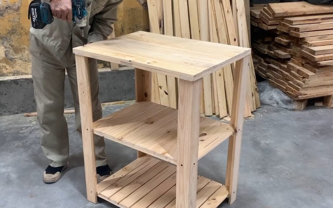 Woodworking Project – Diy A Bedside Cabinet With Pallets Wood For The Bedroom Without Clutter